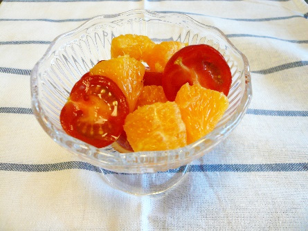 オレンジとミニトマトのサラダ